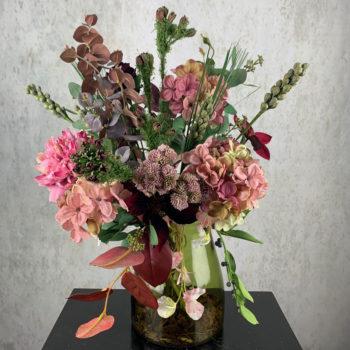 poederroze zijden bloemen