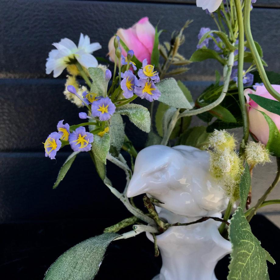 Kleine zijden bloemstukken