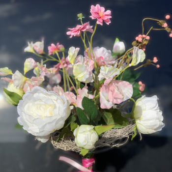Roze wit pioenboeketje zijden bloemen